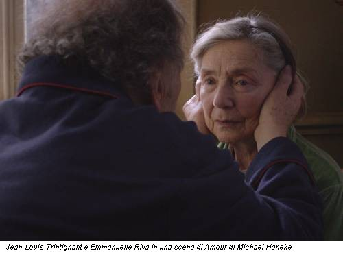 Jean-Louis Trintignant e Emmanuelle Riva in una scena di Amour di Michael Haneke