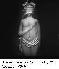 Antonio Biasiucci, Ex voto n.28, 2007. Napoli, cm 40x40