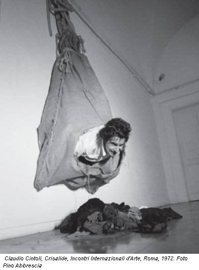 Claudio Cintoli, Crisalide, Incontri Internazionali d'Arte, Roma, 1972. Foto Pino Abbrescia